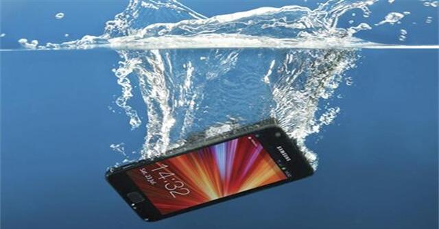 نشانه های خراب شدن LCD گوشی