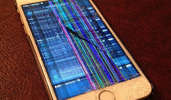نشانه های خراب شدن ال سی دی گوشی