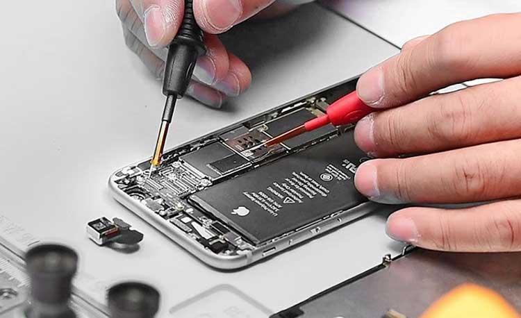 تعمیر دوربین آیفون با قطعات غیر اصلی