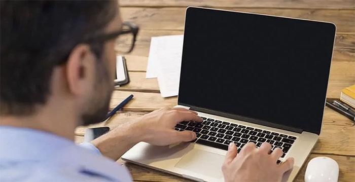رفع مشکل روشن نشدن لپ تاپ