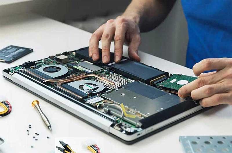چند دلیل برای اینکه تعمیر کامپیوتر را به متخصصان بسپارید