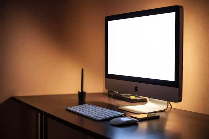 نحوه استفاده از لپ تاپ Mac یا iMac با نمایشگر خراب
