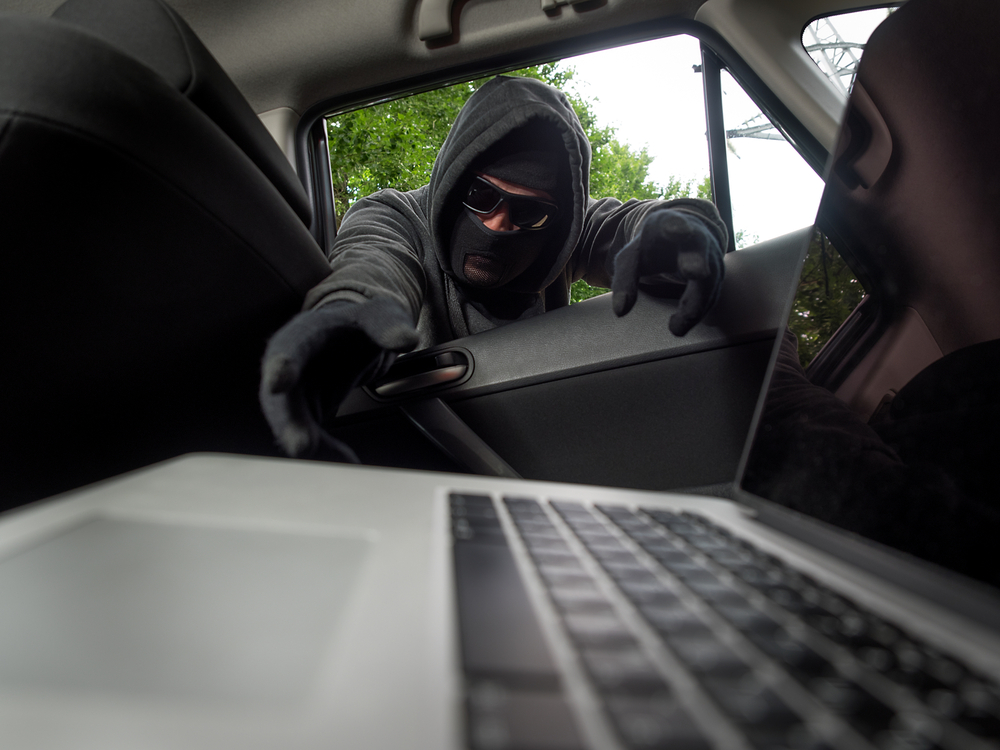 روش هایی برای به حداقل رساندن خطرات سرقت لپ تاپ