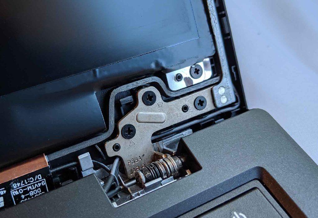 برای تعمیر لولا صفحه نمایش لپ تاپ چه باید کرد؟
